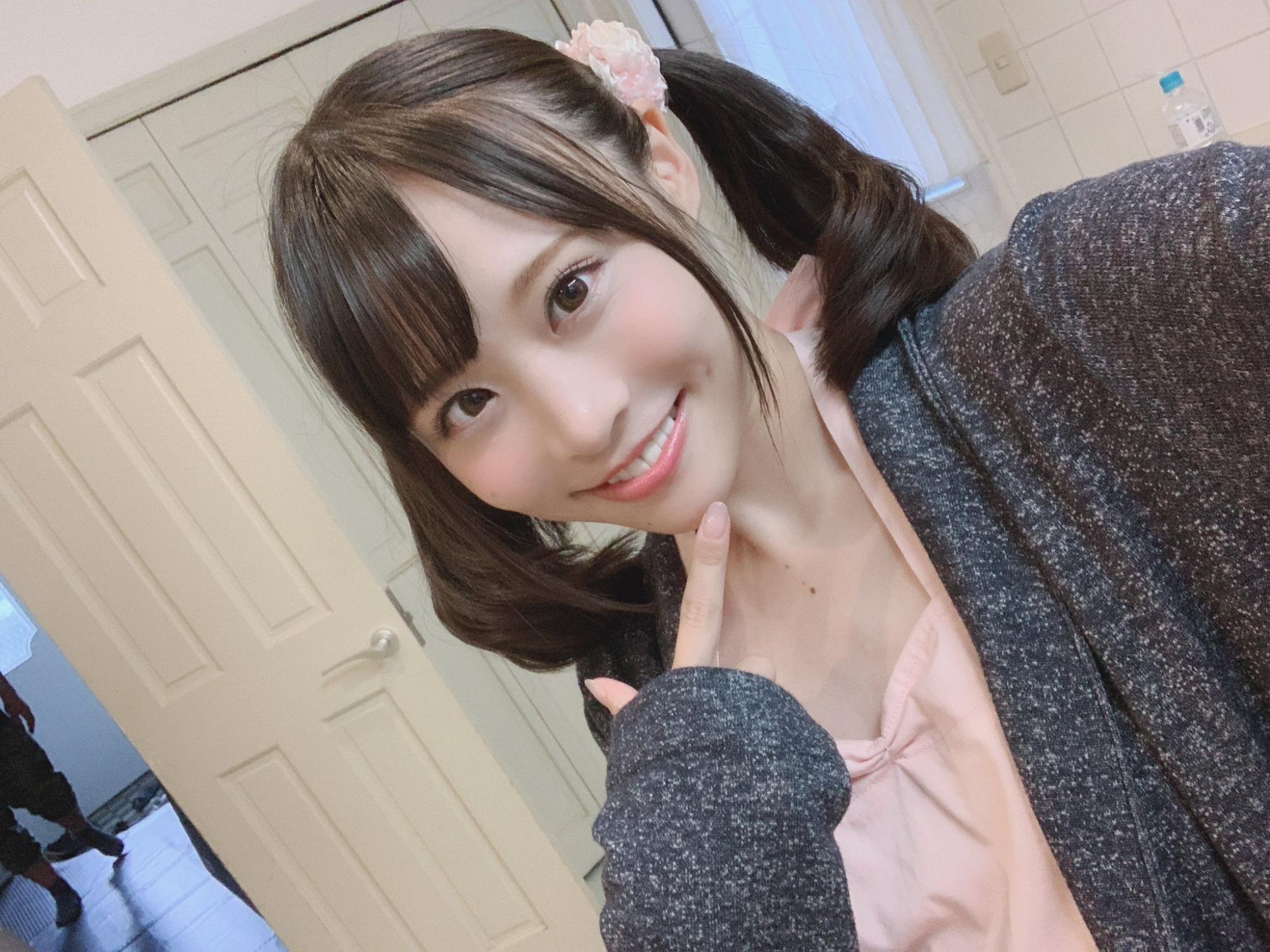 หนังAV SSNI-789 Yoshioka-Hiyori 家族が旅行で不在の間、娘の友達とハメまくりました。 PWD aoxx69