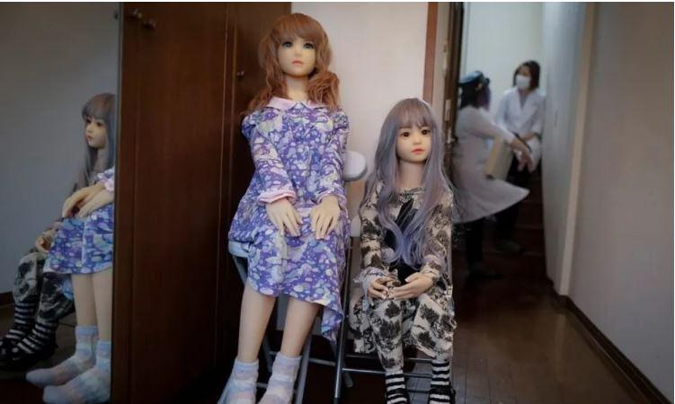 คนญี่ปุ่นเขาจัดพิธีศพให้กับเหล่าตุ๊กตายางแบบนี้แล้วนะ -2