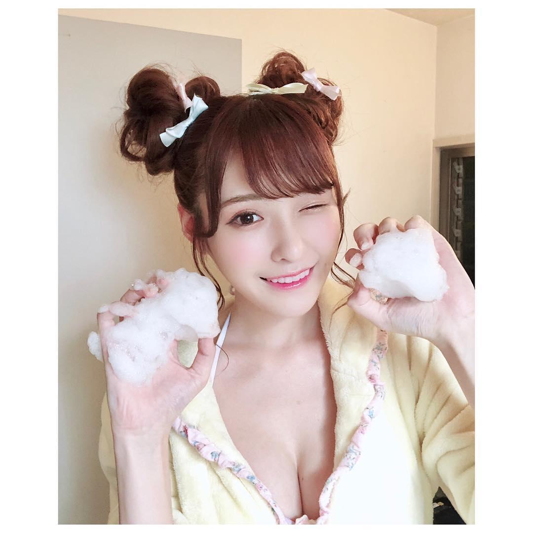 สาวAV-Arina Hashimoto สาว av ขาสวยที่สุดในวงการ โดนทักว่าทำศัลยกรรมมา