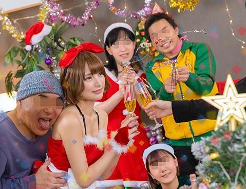 แนะนำหนังAV-SDDE-563 เรื่องราวสุดวุ่นช่วงคริสต์มาสกับคุณลุงสุดพิเรนทร์ที่มีความสามารถในการหยุดเวลาได้...