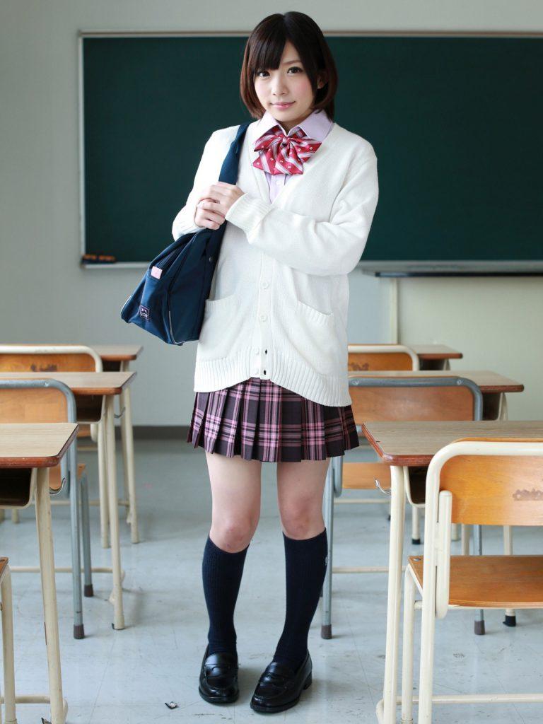สาวAV- จัดอันดับสาวAVที่สวมบทนักเรียนได้ถึงอกถึงใจที่สุด