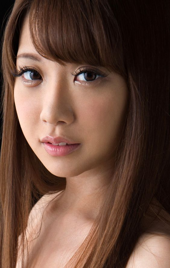 สาวAV-ผลงานที่ขายดีที่สุดของปี2020 เป็นของเธอคนนี้??? - Riri Nanatsumori